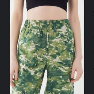 UO Jace Popplin Cropped Zip-Front Pant
